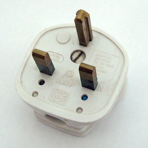 Conozca los diferentes enchufes alrededor del mundo con Electricistas Madrid (I)